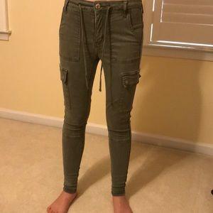 American Eagle super skinny green cargo soft pants